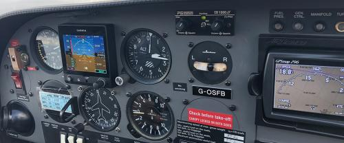 Diamond Dimona Instrument Panel