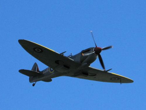 Spitfire Overhead Enstone